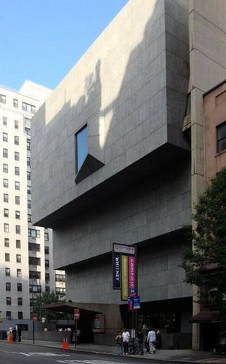 Whitney_Museum_of_American_Art_New_York