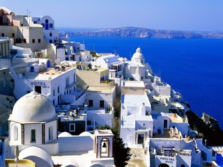 Fira_Santorini,_Greece