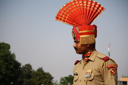 bollywood meets beefeater indiapakistan border