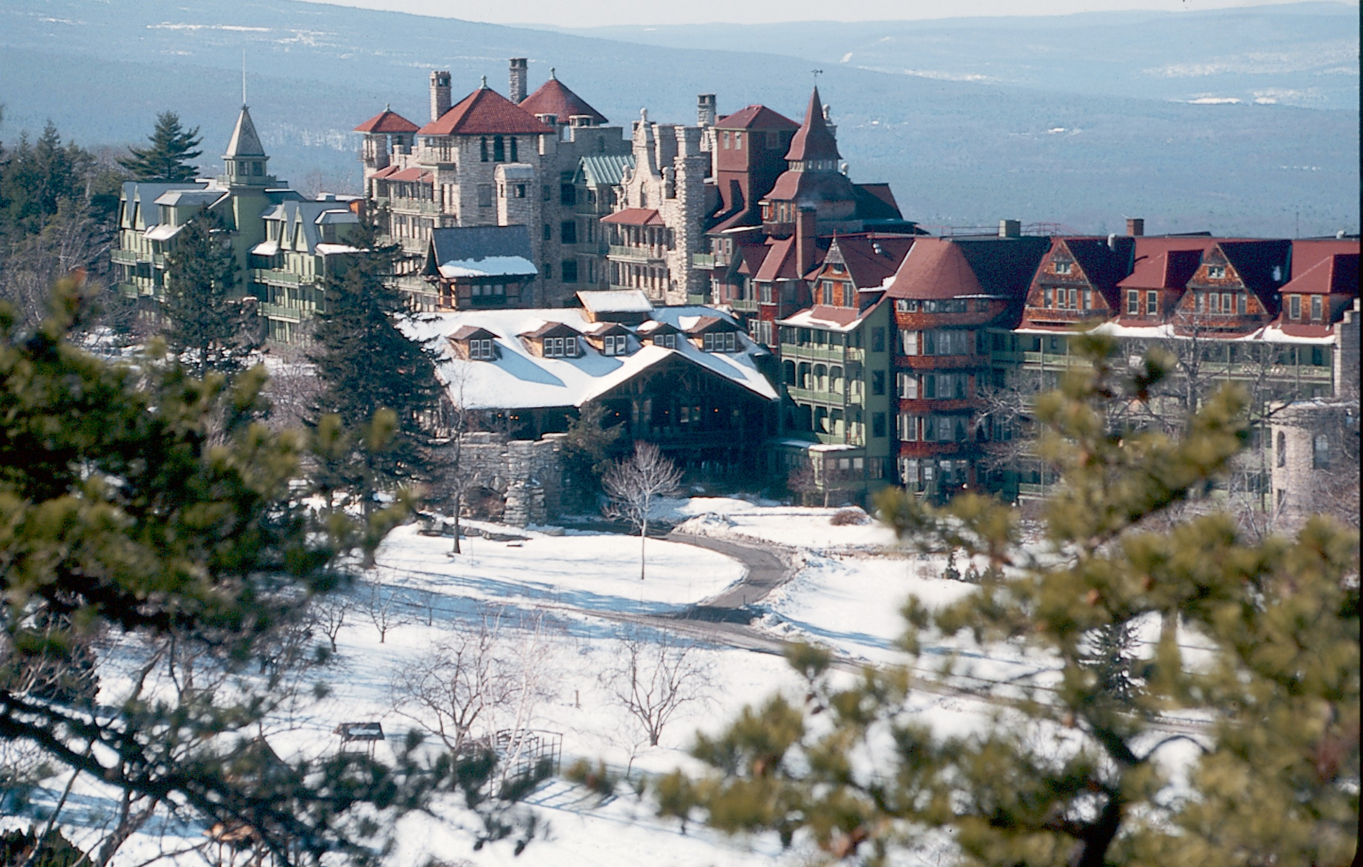 Well good nyc mohonk mountain house s never diet again for Spa vacations near nyc