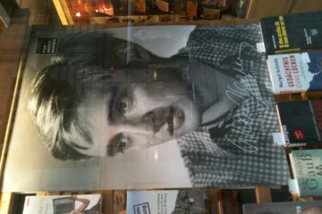 The ghost of actor Oskar Wener  appears in a bookshop window in Vienna.