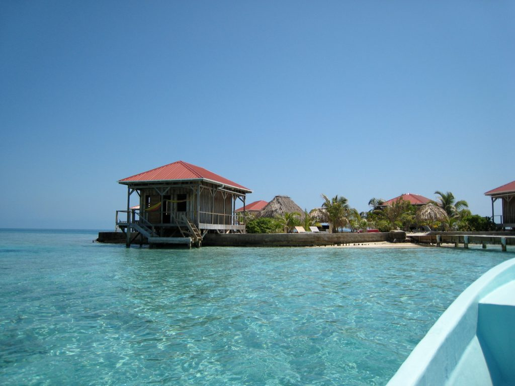 Roberts Cay, Belize
