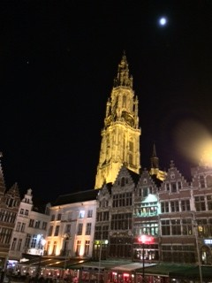 Antwerp's Grote Markt. Photo by Richard West.
