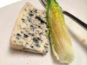 Fourme d'Ambert and romaine