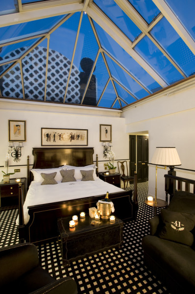Conservatory Suite at 41 Buckingham Palace Road Hotel, London