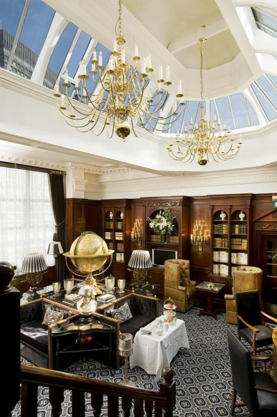 The Executive Lounge at 41 Buckingham Palace Road Hotel