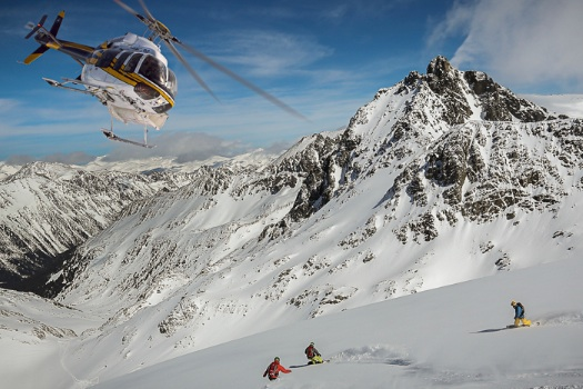 Fresh tracks with TLH Heliskiing in British Columbia, Canada