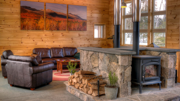Hut_Stratton_GreatRoom_1024x576