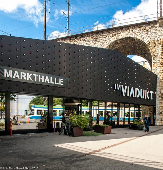 Im Viadukt and Markthalle in Zürich West