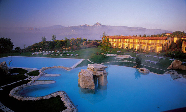 A lagoon-sized thermal pool beckons.