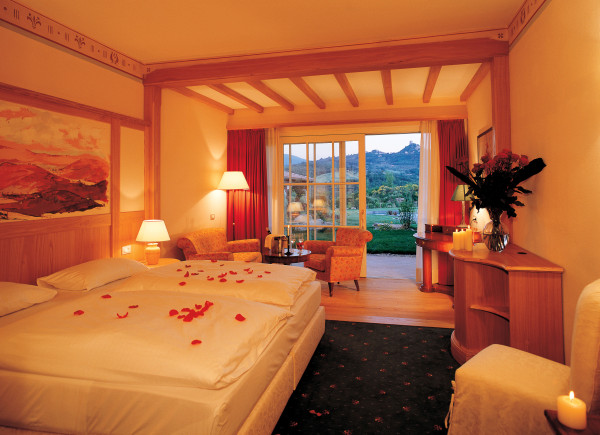 Hotel adler thermae a tuscan spa resort everett potter - Hotel a bagno vignoni ...