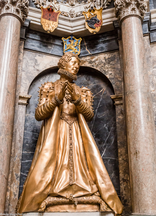A statue of Catherine of Mecklenburg in prayer in the Freiberg Cathedral of St. Mary