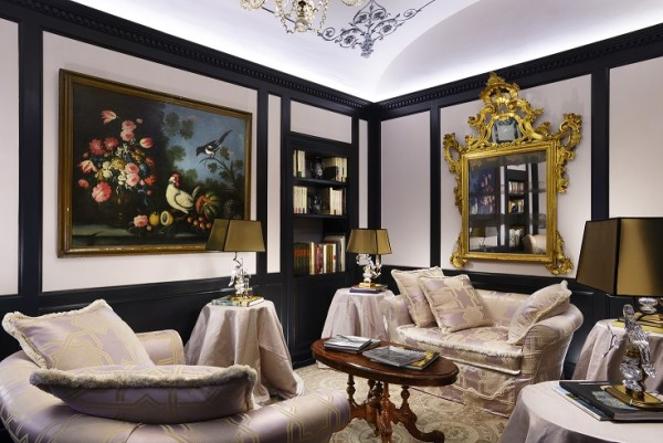 Intimate sitting rooms create the sense of staying in a private home. Photo credit: Hotel d'Inghliterra