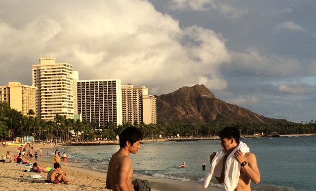 Waikiki beach & Diamond Head.