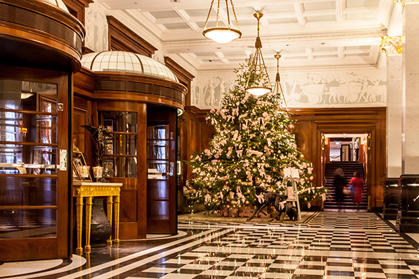 The Savoy lobby at Christmas